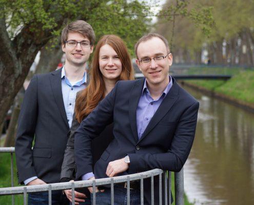 v.l.n.r. Simon Eilers, Janine Mertens, Matthias Mertens (Bild: CRUVIDU)
